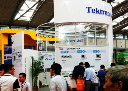 Tektronix Introduces 100G module automatically test program